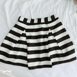 Forever 21 Black & White Stripes Skirt