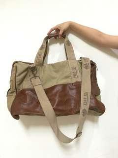Tas Hand Carry Besar Pengpai