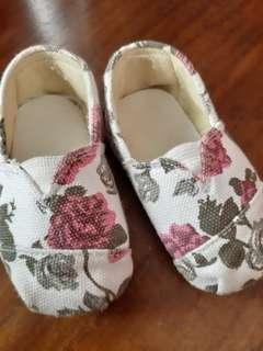 #CNY2019 sepatu bayi