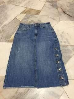 Preloved Denim Jean