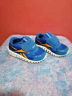 Original reebok rubber shoes
