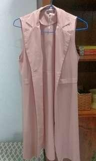 Long vest in dusty pink