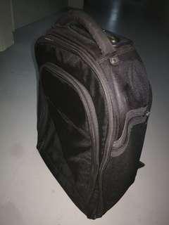 🚚 Black trolley bag for sale