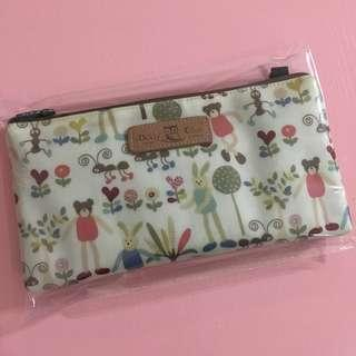 $4 mailed Pouch by Dolly Club Taipei Taiwan