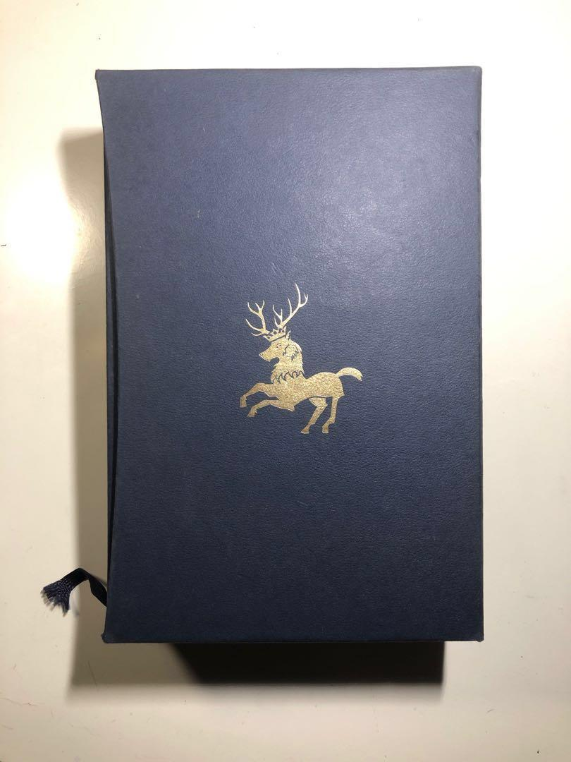 A Clash of Kings Deluxe Slipcase Edition by George R.R. Martin