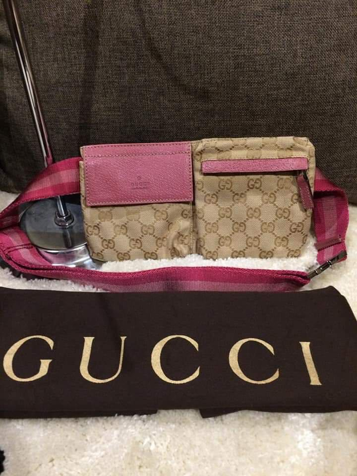 e7b38462a75 Authentic Gucci Belt Bag With Dustbag