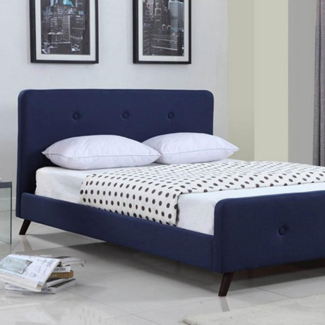 Free Delivery and Assembly - Brand New from Manufacturer - Cardinal Crest Bed