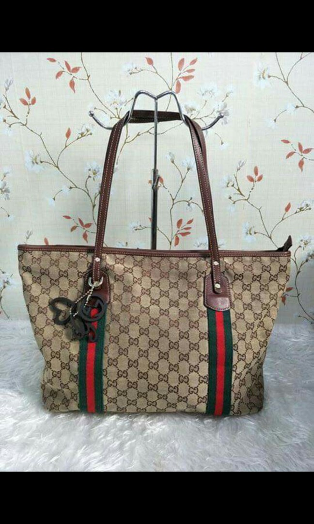 6cda86832241 GUCCI TOTE, Women's Fashion, Bags & Wallets on Carousell