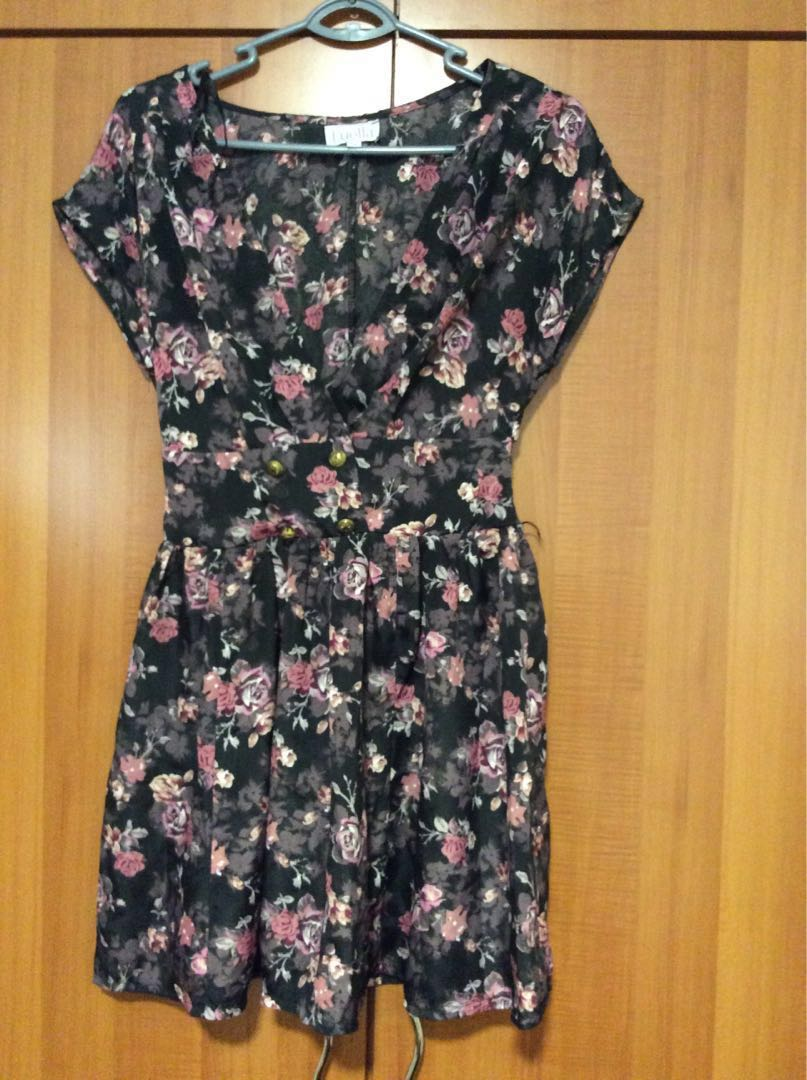 8a17e1cd3ac3 Luella flower dress, Women's Fashion, Clothes, Dresses & Skirts on ...