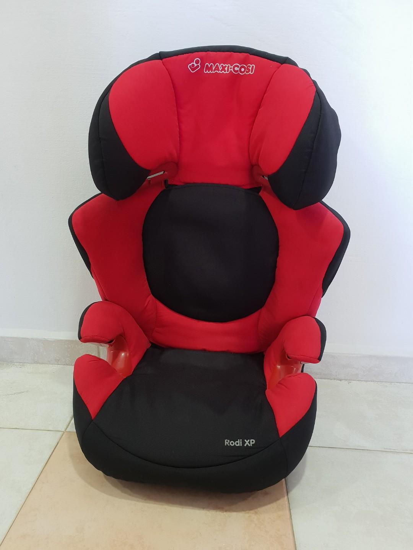 Maxi Cosi Child Car Seat Red Or Purple