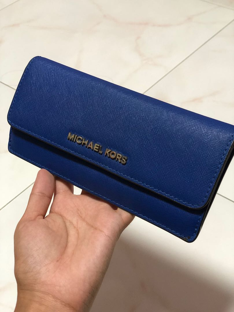 57bd49f0912f Michael kors royal blue wallet