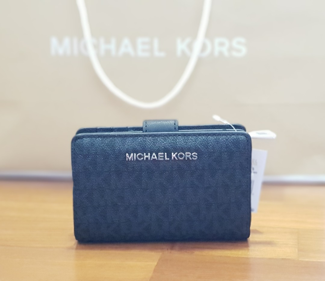 aa5ce1b21f949 CNY SPECIAL! NEW AUTHENTIC Michael Kors Jet Set Travel Black Leather ...