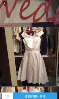 🚚 過年出清 緞面禮服 僅穿拍照 原價2500