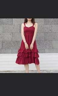 Red Sweetheart Ruffles Dress Midi Size M