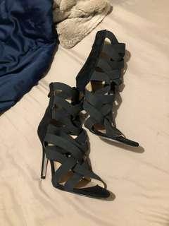 Strappy ankle stilettos - Cape Robin