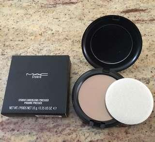 New MAC Cosmetics foundation pressed powder in Dark