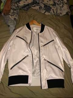 Guess white bomber