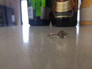 Karen walker daisy ring