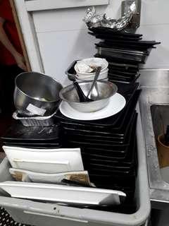 Kitchen stewards/Dishwasher