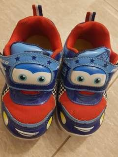 🚚 Kids Shoes with lights