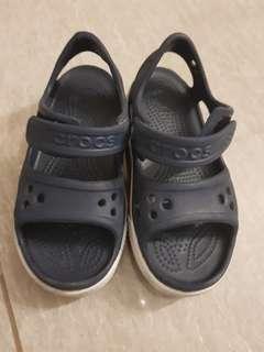 Kids Crocs Shoe- size 11