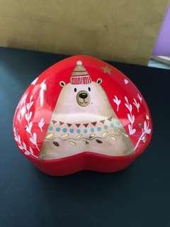 Mrs Fields 心型陶瓷小物盒