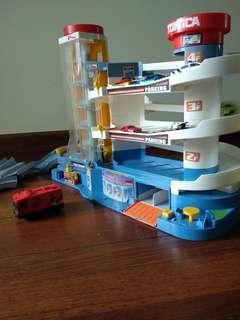 Tomica car toy