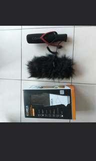 Comica shotgun microphone