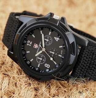 Jam tangan kulit pria murah