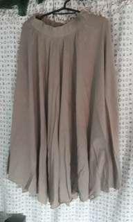 Fashion brown midi skirt