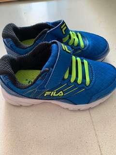 Fila - shoe ( children size 28)