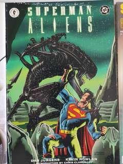 🚚 Superman vs Aliens