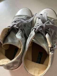 United color of Benetton shoes
