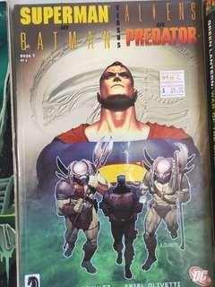 🚚 Superman and Batman vs Aliens and Predator