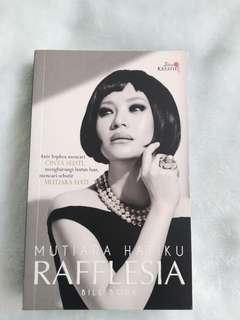 Malay Novel Mutiara Hatiku Rafflesia (Idea Kreatif)