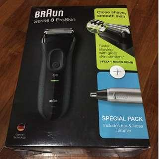 Brand New Braun Series 3 ProSkin Shaver with Ear & Nose Trimmer