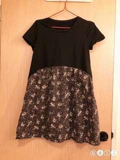 🚚 Flower and basic maternity dress