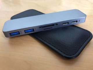 Hyperdrive Thunderbolt USB C hub for MacBook Pro space grey 50gb/s
