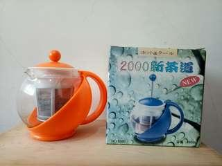 🚚 (免運,出清品)橘色按壓式泡茶壺,全新  #半價良品市集