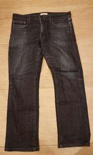 Uniqlo men straight cut denim jeans, size M