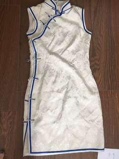 White Silk tailored made Cheong sam