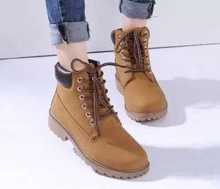 🚚 Hiking/Winter Boots(preorder)
