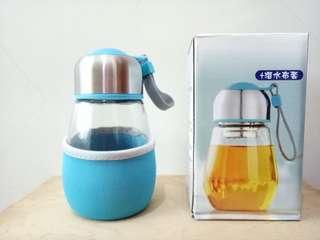 🚚 (出清品)天空藍企鵝泡茶玻璃瓶(含潛水布套),全新  #半價良品市集