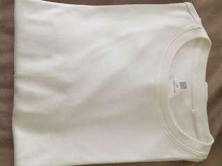 🚚 Uniqlo long sleeved