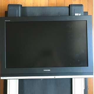 Toshiba LCD HDTV 32 Inch 32A3500E
