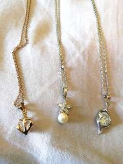 Random necklace Rm5 each