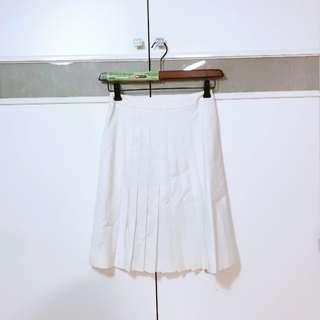 🚚 二手TOP-DO自然白正反兩穿百褶裙