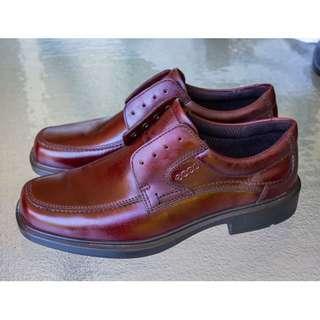 ECCO Dublin Maroon Mens Shoe Size 40