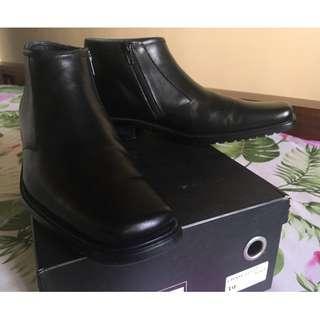 Frank Genuine Leather zip up hi-cut shoes
