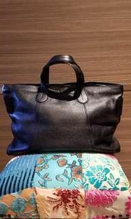 """TOD's 17"""" bag"""